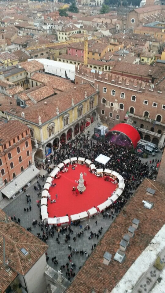 Natascia just checked in @ Torre dei Lamberti (Verona, Italia)