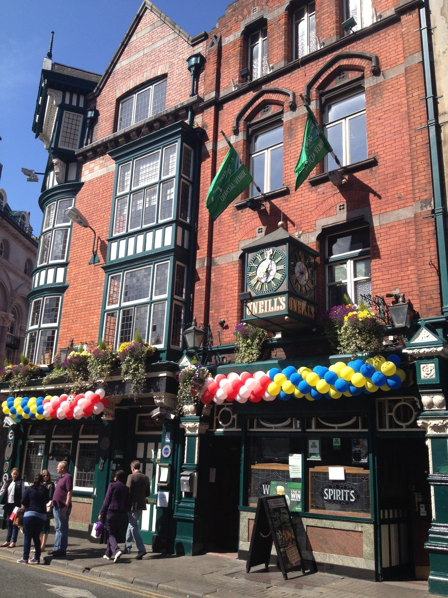 O'Neills Bar & Restaurant