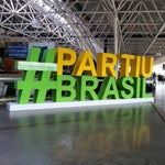 Adorei o aeroporto de Brasília, ótima infraestrutura e o wifi pega de verdade super diferente do internacional de Guarulhos.