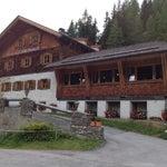Photo taken at Alpengasthof Lucknerhaus by Johansho on 8/29/2012