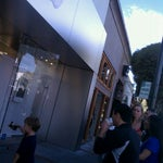 Photo taken at Apple Store, Los Gatos by Bryan C. on 10/15/2011