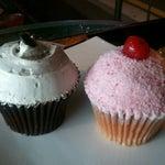 Photo taken at Goodovening Cupcake by Bryan suk C. on 6/13/2012