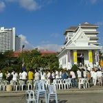 Photo taken at วัดพระราม ๙ กาญจนาภิเษก (Rama IX Golden Jubilee Temple) by ตูน ต. on 3/7/2012