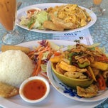 Photo taken at Siam Taste Thai Cuisine by Catherine M. on 7/31/2012