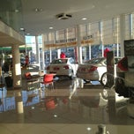 Photo taken at Auto Japan by Marcio S. on 7/16/2013