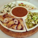 Photo taken at ร้านอาหารเวียดนาม Good Morning Vietnam by THT T. on 5/10/2013