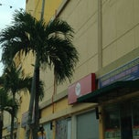Photo taken at Plaza Idaman by nedya n. on 3/27/2013