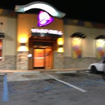 Photo taken at Taco Bell by Dannon T. on 1/21/2013