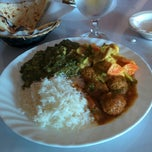 Photo taken at Bombay Indian Restaurant by Rudy D. on 2/17/2014