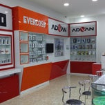 Photo taken at Bank BTPN by Zyhilmand Z. on 12/20/2014