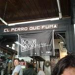 Photo taken at Cafe y Bar el Perro que Fuma by Cinthya R. on 11/15/2012