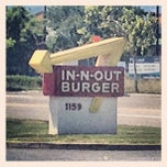 Photo taken at In-N-Out Burger by Peter C. on 5/14/2013