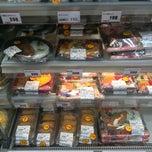 Photo taken at miniピアゴ 横浜白山1丁目店 by Motoi M. on 4/10/2013