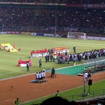 Photo taken at Stadion Utama Gelora Bung Karno (GBK) by Dytha D. on 6/7/2013