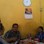 Photo taken at Warung Makan Sop Iga Sapi Bambu Kuning by Razi M. on 9/17/2014