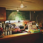 Photo taken at Coffee Zaroo by Jey C. on 3/7/2013