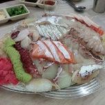 Photo taken at 황제회양념집 by hongz on 5/28/2014