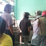 Photo taken at Restoran Nasi Kandar Ali by Tengku A. on 12/25/2013