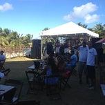 Photo taken at Paparazzi Beach Club by Gustavo B. on 9/30/2012