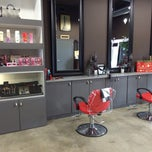 Photo taken at La Moda Salon by Isra Z. on 12/31/2013
