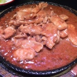 Photo taken at ภัตตาคาร ไออาต้า-พาต้า (Iata-Pata Restaurant) by Noon R. on 2/7/2015