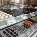 Photo taken at Dom Cacao - Café e Chocolate by Júlio César O. on 7/13/2013