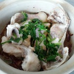 Photo taken at Restaurant Chong Fue Bak Kut Teh by amuro on 1/27/2013