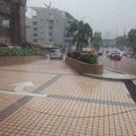 Photo taken at Plaza IBM by are p. on 7/11/2014