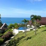 Photo taken at Baan Kantiang Villa Resort by Jaran S. on 9/30/2012