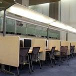 Photo taken at 연세대학교 삼성학술정보관 (Yonsei University Samsung Library) by Y.R. K. on 12/29/2012
