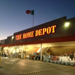 Photo taken at The Home Depot by Arturo Á. on 4/15/2013