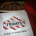 Photo taken at TGI Fridays by Ari on 10/28/2012