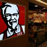 Photo taken at KFC 肯德基 by Baldwin N. on 4/29/2015