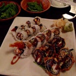 Photo taken at Hon Machi Sushi & Cocktails by Jose B. on 10/14/2014