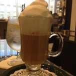 Photo taken at B Café @Bloomingdale's Palm Beach Gardens by Robin F. on 9/17/2012