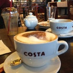 Photo taken at Costa Coffee by Vicente @. on 5/16/2013