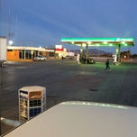 Photo taken at Servicio las Palmas Gasolinera by Emanuel U. on 2/19/2013