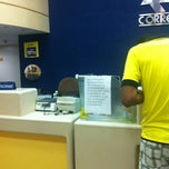 Photo taken at Correios by Leo T. on 6/22/2013