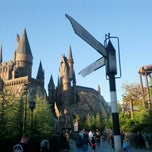 Photo taken at The Wizarding World Of Harry Potter by Orlando Informer on 3/15/2013