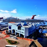 Photo taken at Half Moone Cruise and Celebration Center by David S. on 10/18/2013