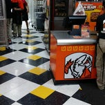Photo taken at Little Caesars Pizza by George C. on 12/29/2013