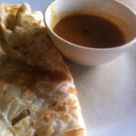Photo taken at Restorant Salam Sentosa by Dak k. on 9/3/2014