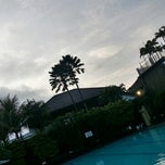 Photo taken at Villa Setiabudi by titien franciscus on 5/14/2014