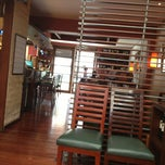 Photo taken at 69 Oyster Bar by Juan H. on 7/5/2013