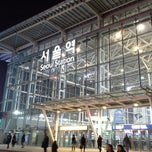 Photo taken at 서울역 (Seoul Station - KTX/Korail) by Andrew L. on 2/23/2013