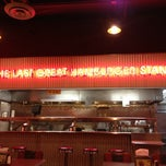 Photo taken at Fatburger by Vinh D. on 11/12/2012