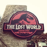 Photo taken at Universal Studios Singapore by Jimena Sobarzo L. on 6/17/2013