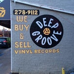 Photo taken at Deep Groove Records by Caryn F. on 12/3/2013