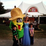 Photo taken at Cherry Crest Adventure Farm by Bill B. on 10/5/2013