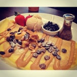 Photo taken at Max Brenner Chocolate Bar by Leon M. on 6/16/2013